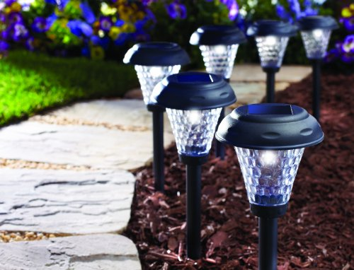 Best Solar Powered Pathway Lights 2019 Top 8 Reviews